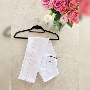 Alo Capri Yoga Pants White 8